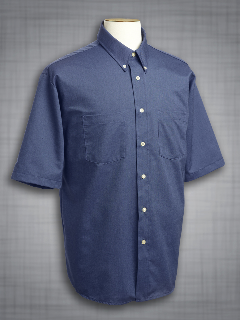Men 39 s short sleeve two pocket classic oxford in french for Mens two pocket short sleeve shirts